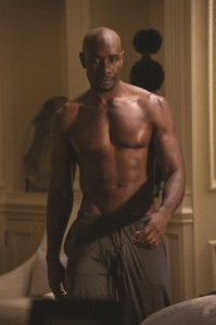 the-best-man-holiday-morris-chestnut-shirtless-1119-3