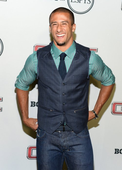 best-colin-kaepernick-shows-the-right-way-to-wear-a-vest-and-tie-with-jeans