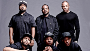 """, [VIDEO] Ice Cube Refuses to Stop Performing """"F**k Tha Police,"""" Despite Recent Attacks on Officers!"""