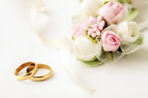 wedding rings and flowers kontrol magazine