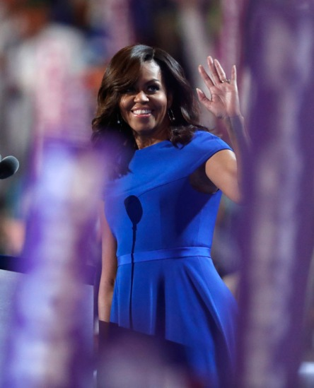 1-first-lady-michelle-obama-gives-speech-at-dnc-in-royal-blue-christian-siriano-sheath-dress