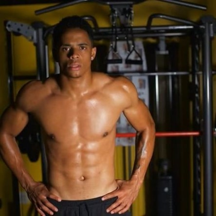 cordell broadus shirtless body